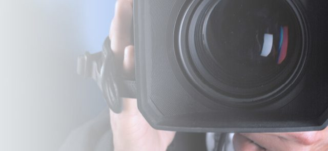 THE-TOP-BENEFITS-OF-LIVE-VIDEO-FOR-MARKETERS